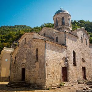 древние святыни Абхазии путеводитель